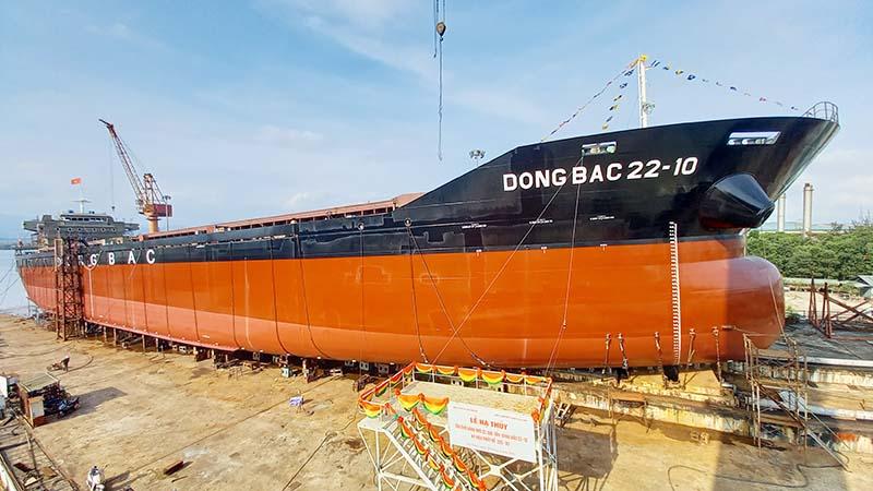 Tàu hàng 22.000T Đông Bắc